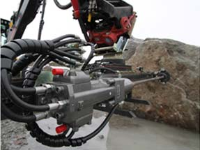 Doofor DF530S hydraulic rock drill in action