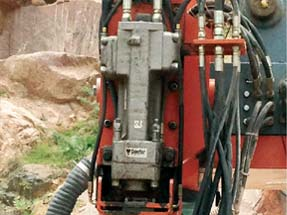 Doofor DF530X hydraulic rock drill in action